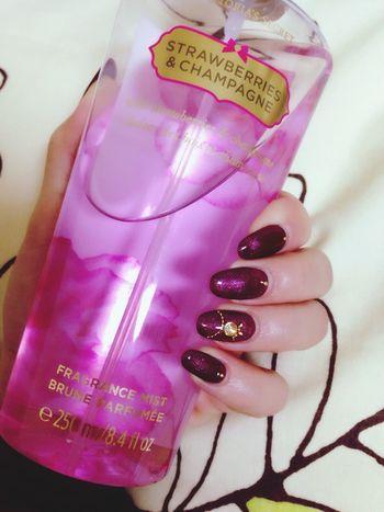 Victoria's Secret Fragrance Strawberriesandchampagne Cute Pink Lovely