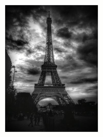 Eiffel Tower Tourism Tower Travel Destinations International Landmark Culture Famous Place Eiffel Tower Capital Cities  Travel Built Architecture - High Transfer Print Sky Metal Architectural Feature City History Tall