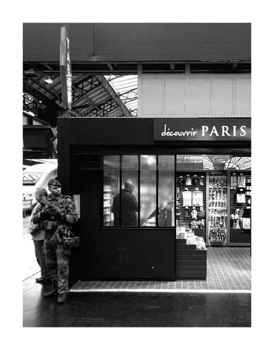 The Street Photographer - 2017 EyeEm Awards Indoors  Trainstation Noiretblanc Black & White Blackandwhite Bw Black And White Bw_collection BW_photography Blackandwhite Photography Soldier Paris Traveling City Urbanphotography Security Taking Photos Architecture Scenic View Scenic Contrast Monochrome Monochrome Photography Monochrome _ Collection