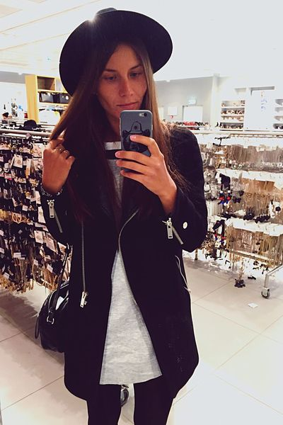 Shopping Style Fashionista Hat Fashion That's Me Trends Mirrorselfie Selfie