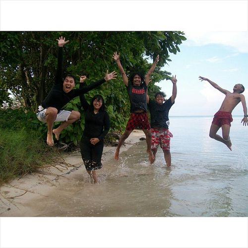 Karimunjawa Lompat Iloveindonesia BeautifulIndonesia