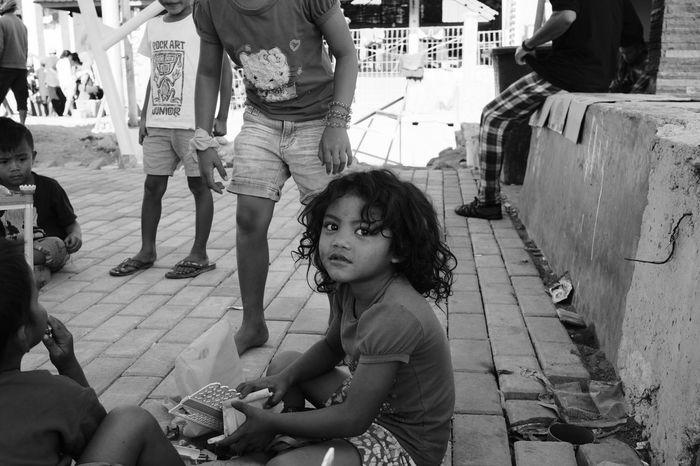 EyeEmNewHere Children Photography Children's Portraits Children Playing Streetphotography Street Photography FUJIFILM X-T2 Fujifilm_xseries FujiAcros Fujinon23mm Fujinon 23mm F1.4 Child Childhood Boys Sitting My Best Travel Photo