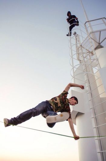 Adrenaline Junkie Slackline Slacklife On The Roof RISK Boy Tricks Go Higher