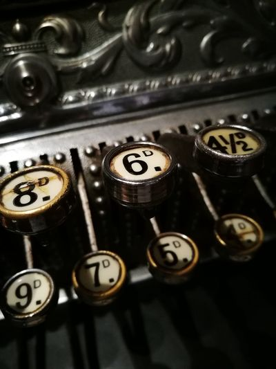 vintage till Bristol M-shed Till Vintage Days  Daytime Photography Number Numbers Museum Days Out Shop EyeEmNewHere Typewriter Technology Gear Old-fashioned Minute Hand Antique Retro Styled Metal Number Obsolete Retro Roman Numeral A New Beginning