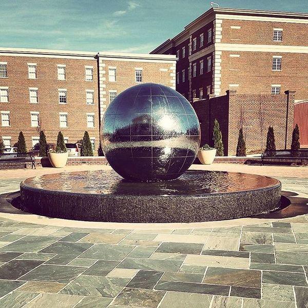 Last college visit! 🎓📚📑 Highpoint University CollegeTour Futureplans Youngadultlife Timesflyingby Urban Northcarolina