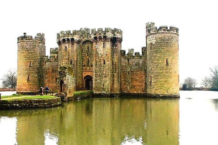 Castle Fairytale  Travel Travel Destinations Architecture Built Structure History England Bodiam Castle