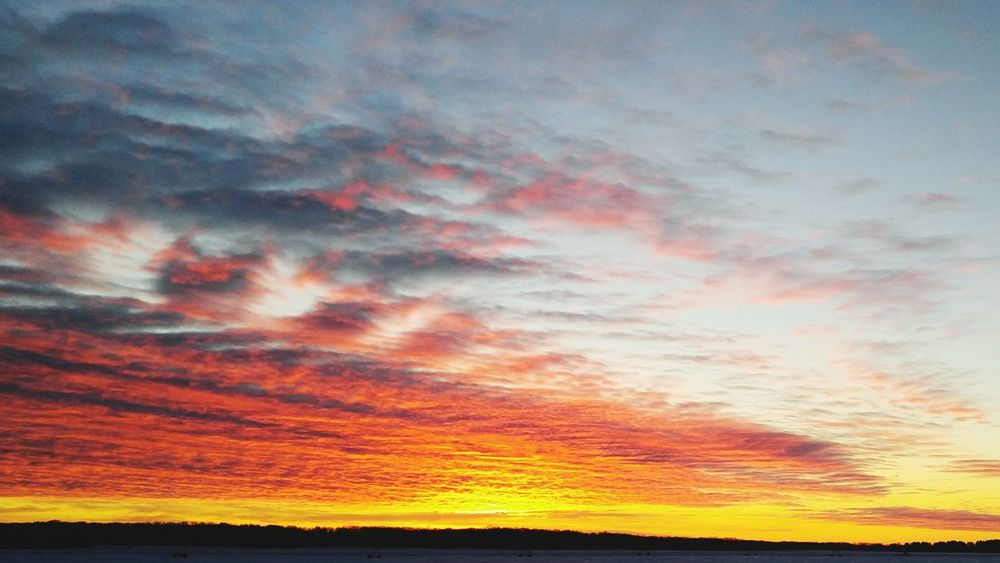 Good morning everyone!! Taking Photos Sunrisestalker Enjoying Life Nature Light Sky And Clouds Ilovesunrisesandsunsets Godsbeauty Glorious Newday Outdoors Brainerd, MN