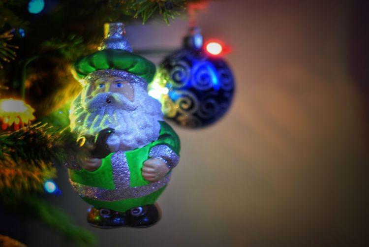 Representation Decoration Christmas Celebration Indoors  No People Christmas Decoration christmas tree Toy Christmas Ornament Illuminated Boże Narodzenie Choinka🌲 świąteczne Mikołaj Życzenia