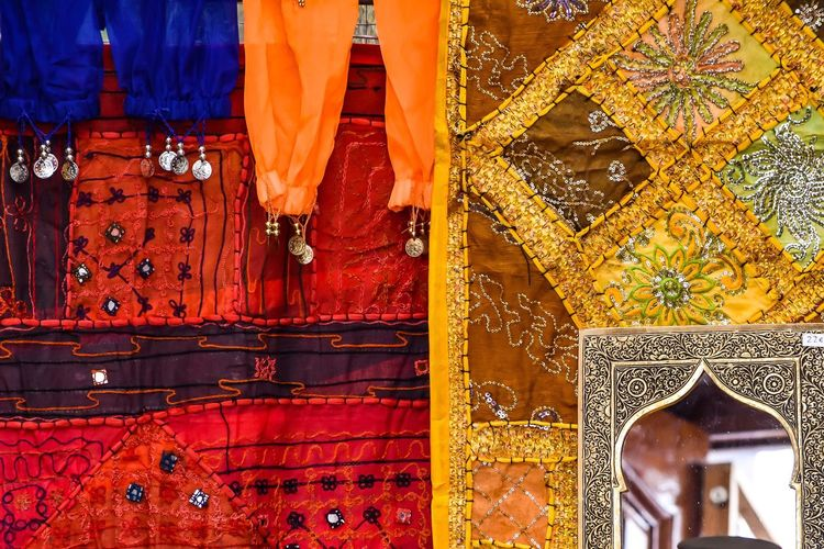 True Colors Textures And Surfaces Textile Pattern, Texture, Shape And Form Respect For The Good Taste Let's Do It Chic! EyeEm Best Shots Exceptional Photographs Arabesque Red Yellow Orange Color Blue Mirror Ornate Tradition Close-up Rustic Vintage Decoration Design