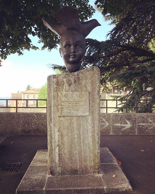 Sanmarino Sanmarinorepublic Summer Estate Vacanze Holiday Citta Montetitano Statua Visitsanmarino Volgosanmarino Monumento