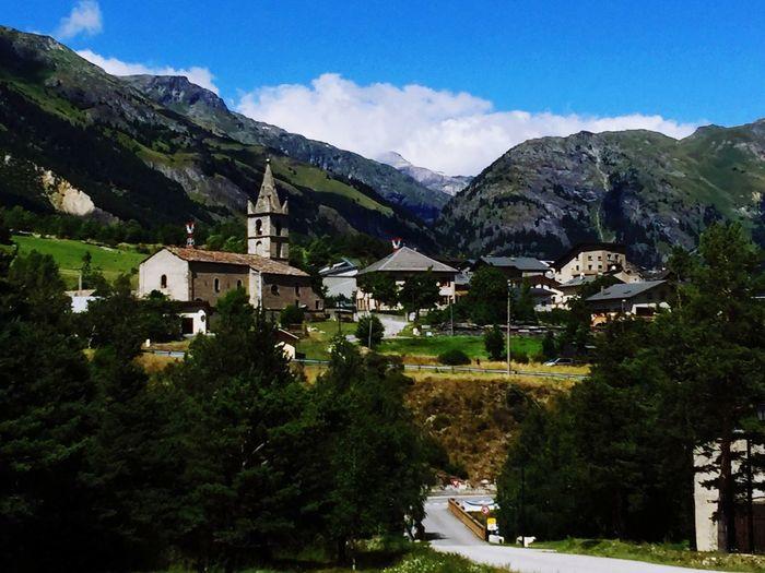 Haute -Maurienne Monto Village De Montagne Mountain