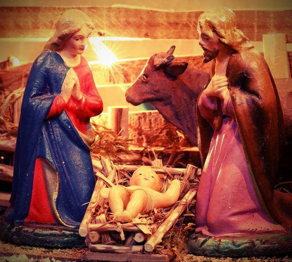 Ancient statues of Mary Saint Joseph baby Jesus in the manger at Christmas Family God Jesus Manger Mary Mother Set Statue Birth Birthday Christ Creche Crèche Vivante Figures Figurine  Figurines  Handcraft Mangerbouger Nativity Nativity Set Newborn Old People Religion Vintage