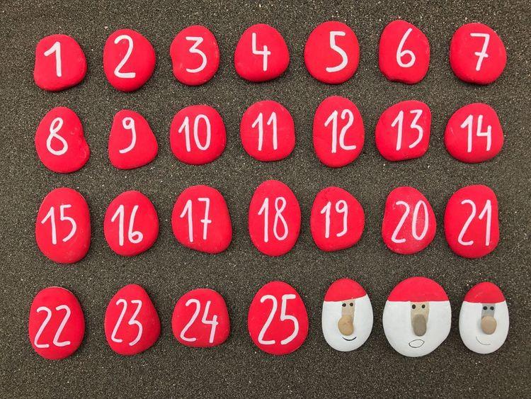 Beautifully Organized Christmas Numbers Calendar Order Week Weeks Stones Santaclaus Advent