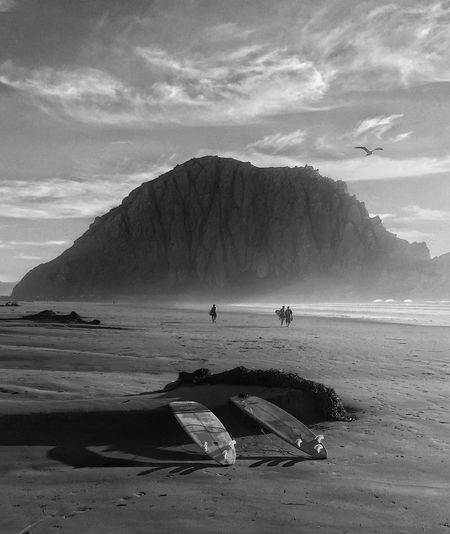 Board meeting at the Rock in Morro Bay California.... Morro Bay Board Meeting Morro Bay Rock Landscape_Collection Black & White Nature In Black & White Surfing Surfing Life Morro Bay Rock Black And White Friday