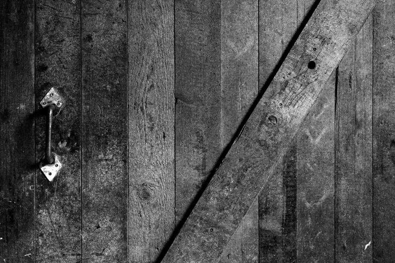 Griffith Observatory Pferdehof Scheune Scheunentor Tor Bauernhof Close-up Door Landleben Ländlich Münsterland No People Schwarzweiß Textured  Urtümlich Wood - Material