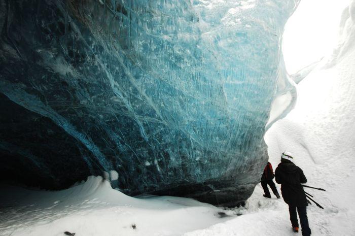 Iceland Ice Glacier Vatnajökull Snow Winter Adventure Intothewild Hiking