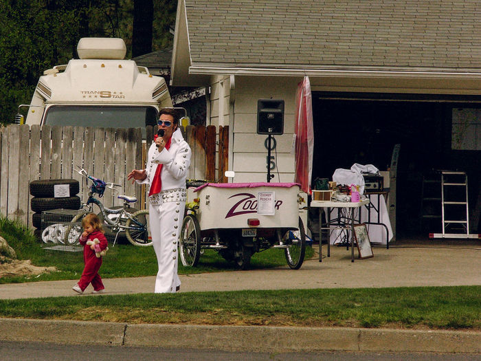 Elvis holding a garage sale. Elvis Is Still Alive  Elvis Presley Lifestyles Picturing Individuality Suburb Q Quirky Home Is Where The Art Is People And Places