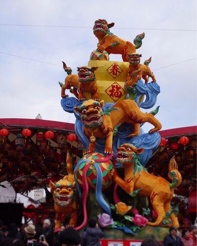 今年は戌年♪(๑ᴖ◡ᴖ๑)♪ NAGASAKI LANTERN FESTIVAL 長崎市 長崎港公園 長崎ランタンフェスティバル Religion Multi Colored Spirituality Statue Art And Craft Animal Representation Sculpture
