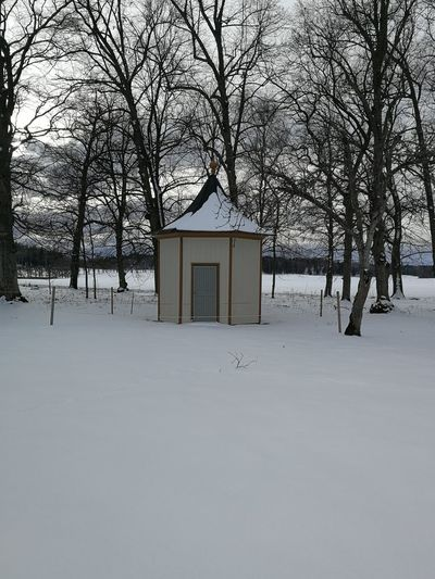 A very smal house At Sturehof Slott/castel Tree Snow Cold Temperature Winter Bare Tree House Sky Architecture Built Structure Building Exterior Shack Countryside