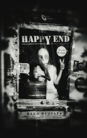 Mascara De Gas Hapyy End Cartel Carteles Arte Urbano  Arteurbano Arte Callejero Sinister Siniestro Terror Horror Horror And Macabre Macabre Macabro Macabre Art Macabre Art Photo :) Macabre Photo