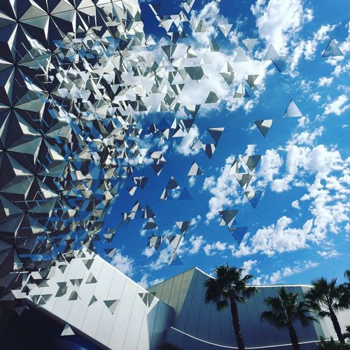 Sky Blue Low Angle View Architecture Cloud - Sky Day No People Built Structure Outdoors Florida Effect Dispersion Glass Like Broken Broken Glass Palm Tree White