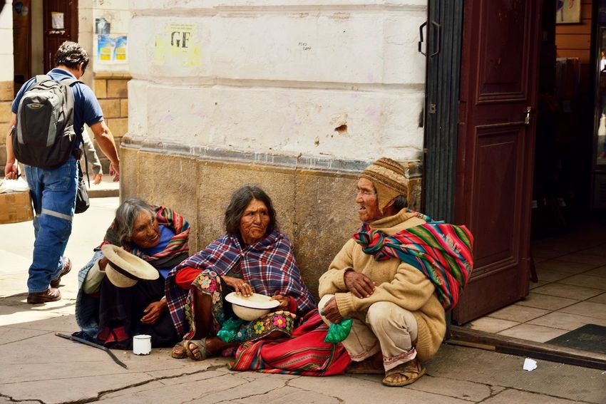 ыг Art And Craft Beggar Bolivian Casual Clothing Cultural Heritage Day Human Representation Lifestyles Real People Sitting Sucre Adventures In The City