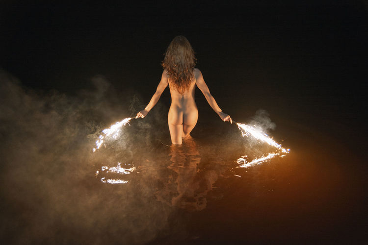 Fire Swim With Me Back Fireworks Linas Was Here Reflection Woman Female Girl Lake Model Night Nüde Art. Red Light Swim #FREIHEITBERLIN HUAWEI Photo Award: After Dark Be Brave