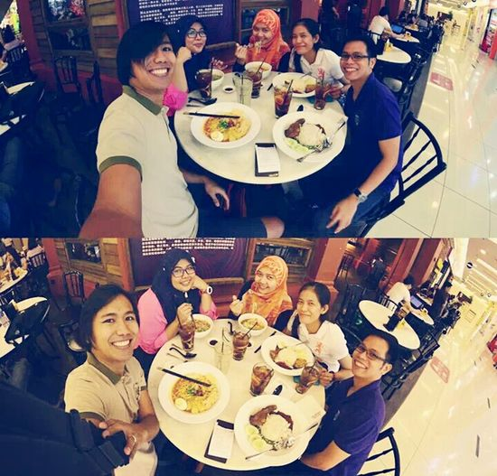 because we are happy like that Hanging Out Enjoying A Meal Mynewfriend OldTownWhiteCoffee