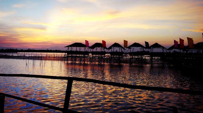 Seaside Nipahut Seaview Dampalit MALABON Sunset Sunset #sun #clouds #skylovers #sky #nature #beautifulinnature #naturalbeauty #photography #landscape PhonePhotography Iosphotography Sky Great View Philippines