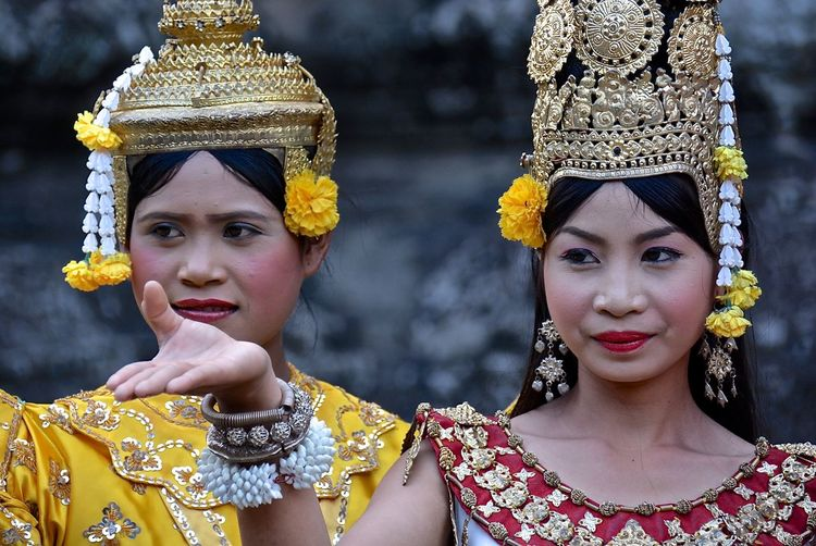 Cambodia Dance Siem Reap Angkor Bayon Temple Traditional Cambodian Clothes Traditional Cambodian Costumes Traditional Dances