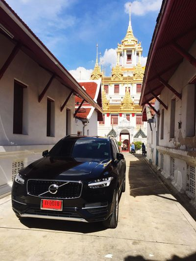 Volvo Volvocars Volvoforlife Volvomoment  Volvo Xc 90 Xc90 T8 Polestar Temple Architecture Temple Architecture Thailand Transportation Building Exterior Built Structure Car Religion Place Of Worship Mode Of Transport Land Vehicle Day Cloud - Sky Travel Destinations Outdoors The Week On EyeEm Investing In Quality Of Life