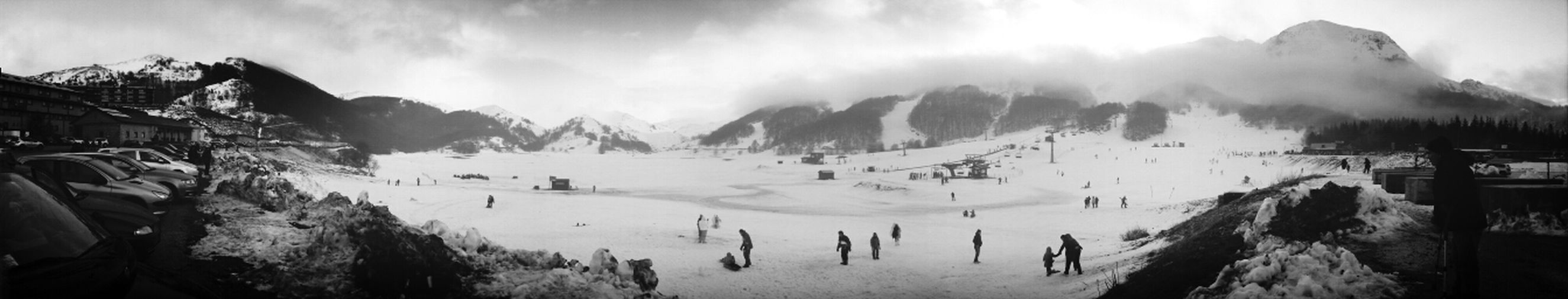 Montagne Cold Winter ❄⛄ Black And White Neve Rethink Things
