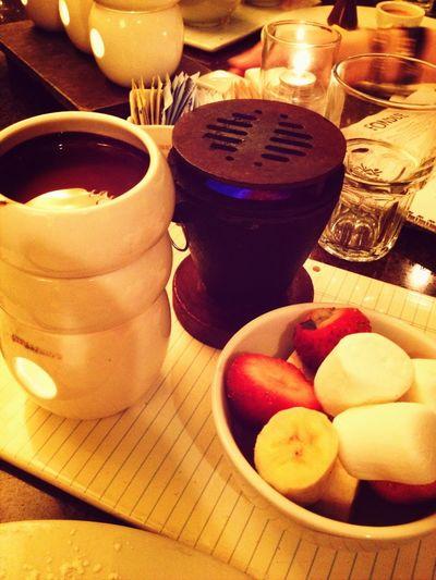 Dark choc fondue
