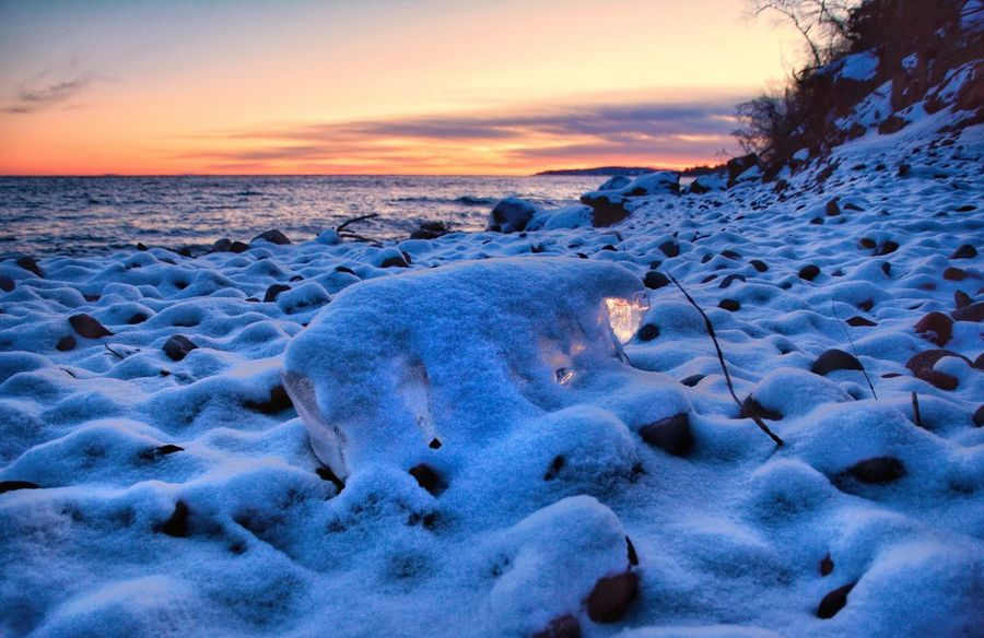 Polar Bear Iceberg on the beach Cold Temperature Winter Snow Nature Beauty In Nature Sunset Frozen Scenics Tranquility Tranquil Scene Sky Ice No People Outdoors Cold Day Lake Superior Malephotographerofthemonth Minnesota Beauty In Nature Blue Dramatic Sky