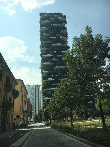 Milano Skyline Bosco Verticale Green Architecture Building Exterior City Tower Modern