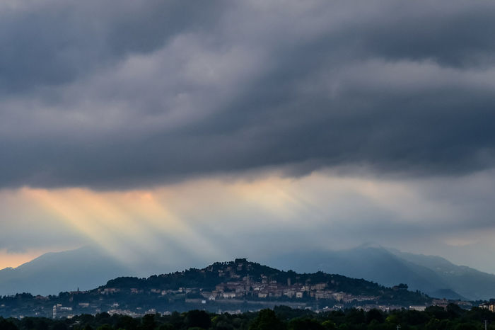 Clouds And Sky Italy Bergamo EyeEm Selects EyeEmNewHere Sky And Clouds Città Alta BG Rays Of Light Raggi Di Sole Astronomy Mountain City Star - Space Milky Way Natural Phenomenon Forest Lightning