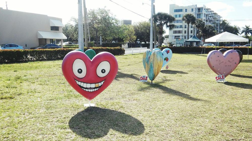 Have a heart! Cool sculptures on Valentine's day. Taking Photos Check This Out Las Olas Blvd Sculpture