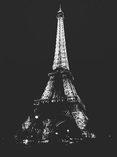 Paris ❤ France Eiffel Tower Blak And White Photobreak -XOXO!  Kisses❌⭕❌⭕ Night Photography