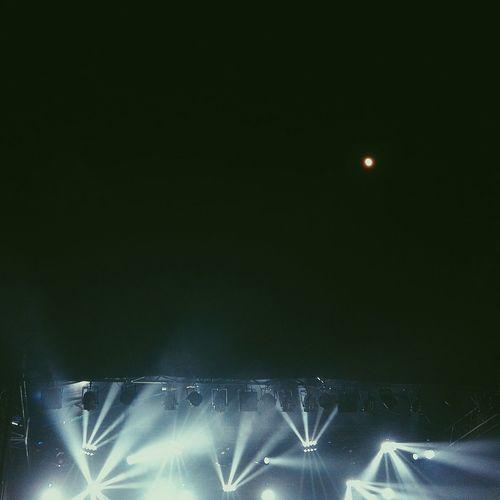 Lights And Shadows Light In The Darkness Concert Night Black Background LightOrDark