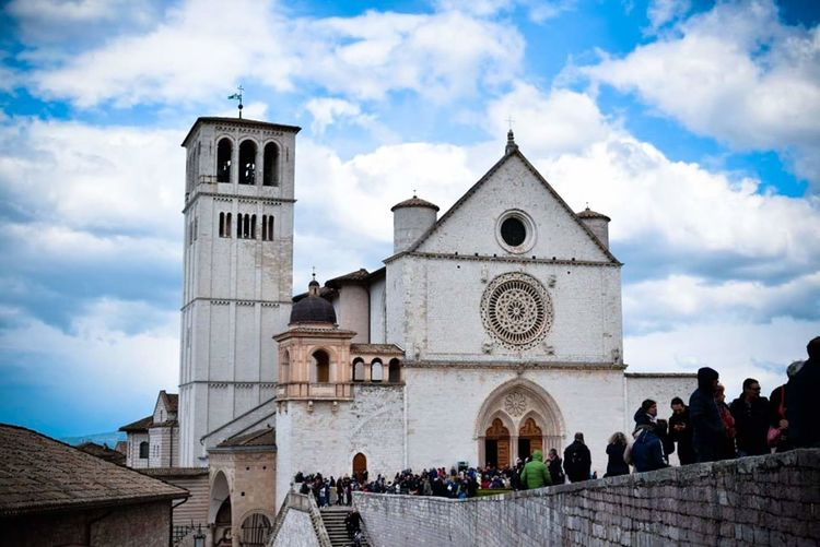 Crowd at basilica of saint francis of assisi