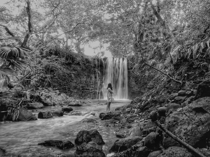 monday throwback nostalgia EyeEm Nature Lover Mobile Phone Photography MondayMotivation Wanderlust Monday Blues Nostalgia Travel Discovery Volcanic Rock Waterfall Woman Adult Throwback HDR Blackandwhite Hidden Gems  Tree Nature Water Motion Beauty In Nature Outdoors Real People