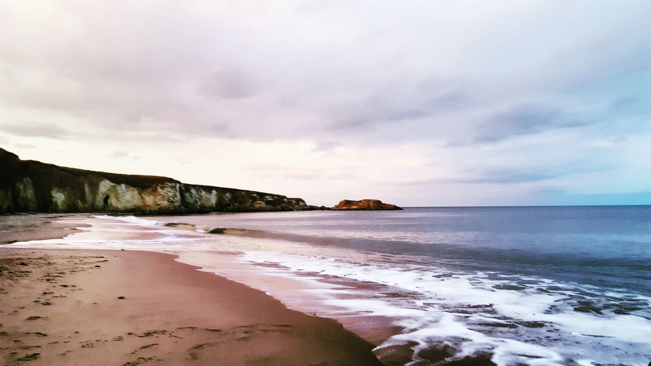 sea, nature, scenics, sky, beauty in nature, tranquility, beach, water, cloud - sky, tranquil scene, sand, horizon over water, outdoors, no people, idyllic, travel destinations, day, landscape, mountain