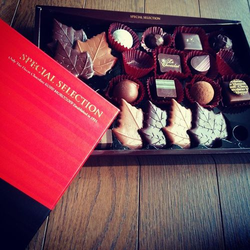 や〜っとバイト終わった👏甘いモノが美味しいですな👏Specialselection Morozoff Chocolate Sweet 神戸MOROZOFF