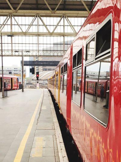 LONDON❤ Waterloo Station Train Platform Londonlife