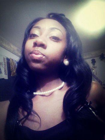 pretty girls wear pearls