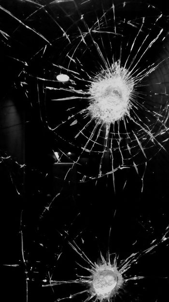 Monochrome Broken Broken Glass Broken Window Destruction Cracked Damaged Shattered Glass Glass - Material Aggression  Close-up Crime Misfortune Breaking Minimalism Black And White Photography Simple Photography