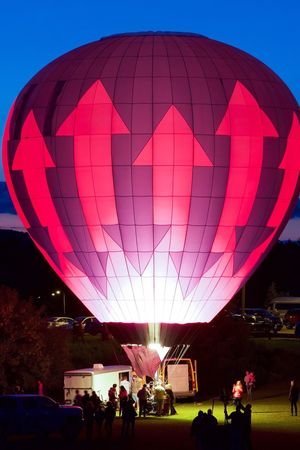Hot air balloon glow Large Group Of People Real People Leisure Activity Enjoyment Hot Air Balloon Lifestyles Transportation Outdoors Ballooning Festival Sky Eye For Photography Glowing Dark Photography EyeEm Gallery EyeEm Best Shots