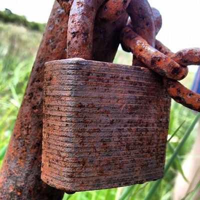 #seenbetterdays #lockwood #padlock #rusty #bellarine #myhometown Rusty Seenbetterdays Padlock Myhometown Bellarine Lollygothlocks Lockwood Rustagram