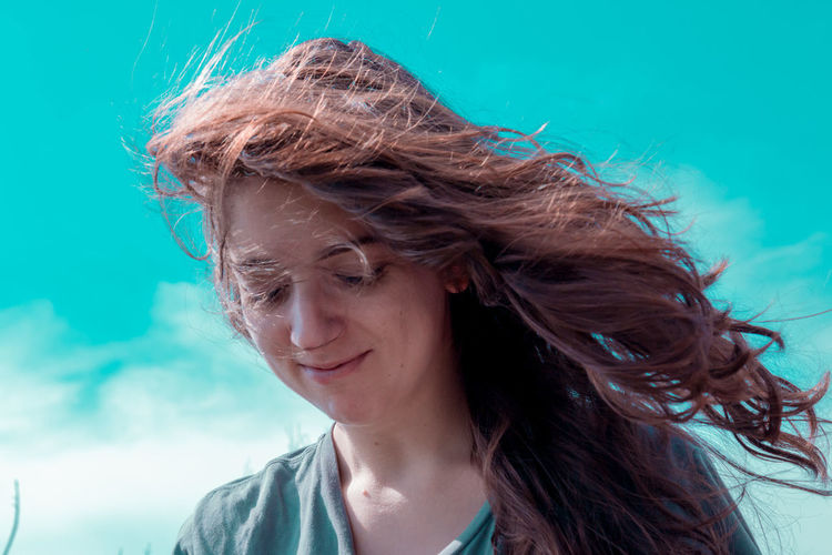 Adult Close-up Day Headshot Long Hair Motion One Person Outdoors People Portrait Real People Tangled Hair Wind Young Adult Young Women The Week On EyeEm Be. Ready. Colour Your Horizn
