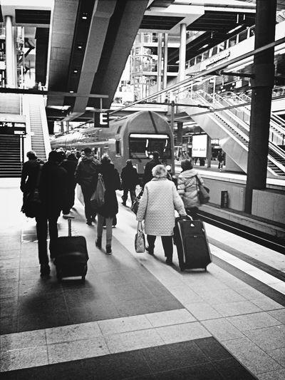Eine Zugfahrt Die Ist Lustig...